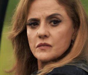 """Em """"O Outro Lado do Paraíso"""": Sophia (Marieta Severo) tenta fingir que é vítima acusando Clara (Bianca Bin), tentando fazê-la parecer a líder de um complô"""