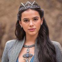 """Novela """"Deus Salve o Rei"""": Catarina (Bruna Marquezine) forma aliança com novo rei! Saiba mais"""