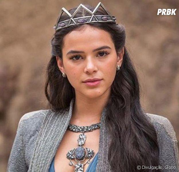 """Em """"Deus Salve o Rei"""", Catarina (Bruna Marquezine) forma aliança com rei Otávio (Alexandre Borges)"""