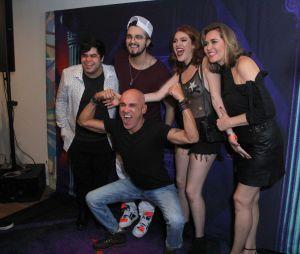 """Ana Clara e a família Lima, do """"BBB18"""", conheceram Luan Santana no show do cantor no Rio de Janeiro, neste sábado (28)"""