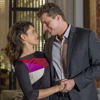 """Final """"O Outro Lado do Paraíso"""": Clara e Patrick se casam no último capítulo da novela!"""