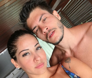 Grávida de Arthur Aguiar, Mayra Cardi revela que terá novo casamento ainda este ano