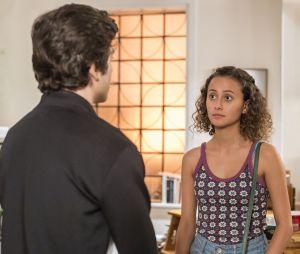 """Maria Alice (Alice Milagres) e Alex (Daniel Rangel) assumiram o romance em """"Malhação - Vidas Brasileiras"""""""