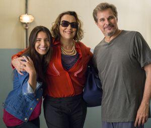 """Pérola (Rayssa Bratillieri) já viu o pai ser preso, logo no comecinho de """"Malhação""""'"""