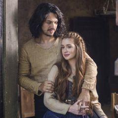 """Novela """"Deus Salve o Rei"""": Catarina e Afonso se casam e Amália se torna amante do rapaz"""