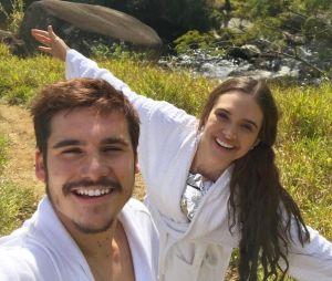 """Juliana Paiva comemora trabalho com Nicolas Prattes em """"O Tempo Não Para"""""""