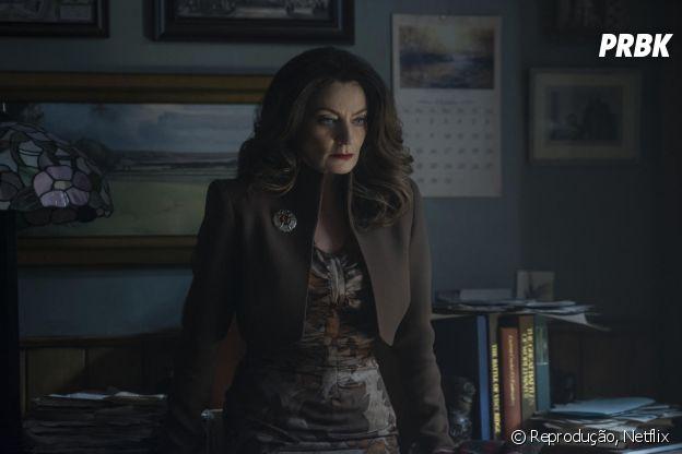 """Mary Wardwell (Michelle Gomez)/Madame Satã é a professora preferida de Sabrina em """"O Mundo Sombrio de Sabrina"""""""