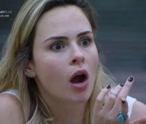 """""""A Fazenda 10"""": Ana Paula reclama de brincadeiras de Evandro"""