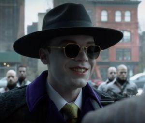 """Série """"Gotham"""": Jeremiah (CameronMonaghan), o Coringa, ganha novo visual mais sombrio e gótico"""