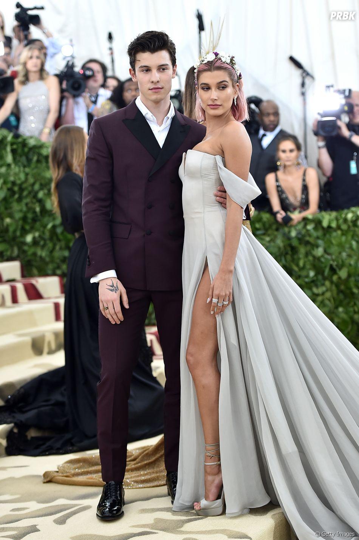 Shawn Mendes na Rolling Stone: cantor mandou felicitações para Hailey Baldwin quando descobriu sobre o noivado com Justin Bieber