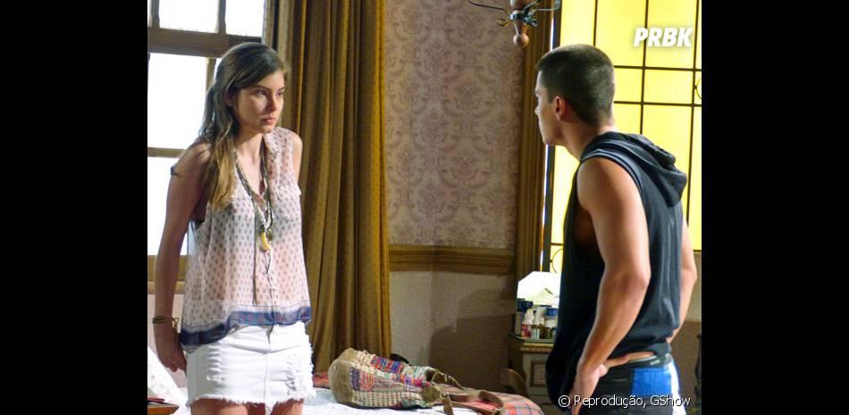 """Crise total no casal de """"Malhação""""! Duca (Arthur Aguiar) e Bianca (Bruna Hamú) discutem e lutador pode pedir o dinheiro do videobook de volta"""