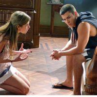 """Na novela """"Malhação"""": Bianca confessa a Duca que pagou para Pedro namorar Karina"""
