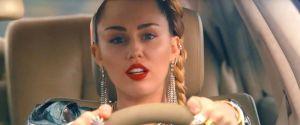 Mesmo sem data definida, Miley Cyrus prometeu que irá lançar muitas músicas em 2019