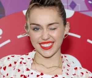 Miley Cyrus diz que está preparando músicas novas para o ano que vem