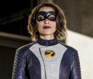 """Em """"The Flash"""": Nora (Jessica Parker Kennedy) enfrenta novas vilãs em promo da 5ª temporada"""