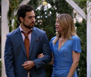"""Em """"Grey's Anatomy"""": Meredith (Ellen Pompeo) e DeLuca (Giacomo Gianniotti) ficam presos em elevador"""