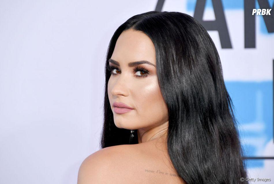 Demi Lovato segue se recuperando da overdose