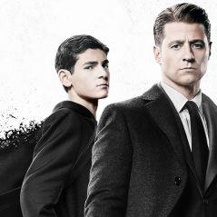 """Gordon pede ajuda para Barbara e é surpreendido por ataque em teaser da 5ª temporada de """"Gotham"""""""
