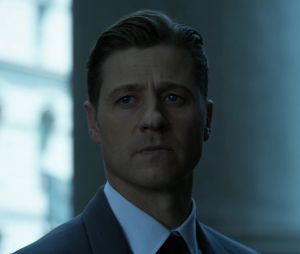 "Em ""Gotham"": Barbara (Erin Richards) surta com pedido de Jim Gordon (Ben McKenzie)"