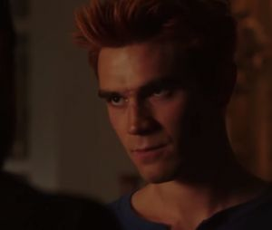 """Em """"Riverdale"""": Archie (KJ Apa) é atacado por um urso e acaba em situação crítica!"""