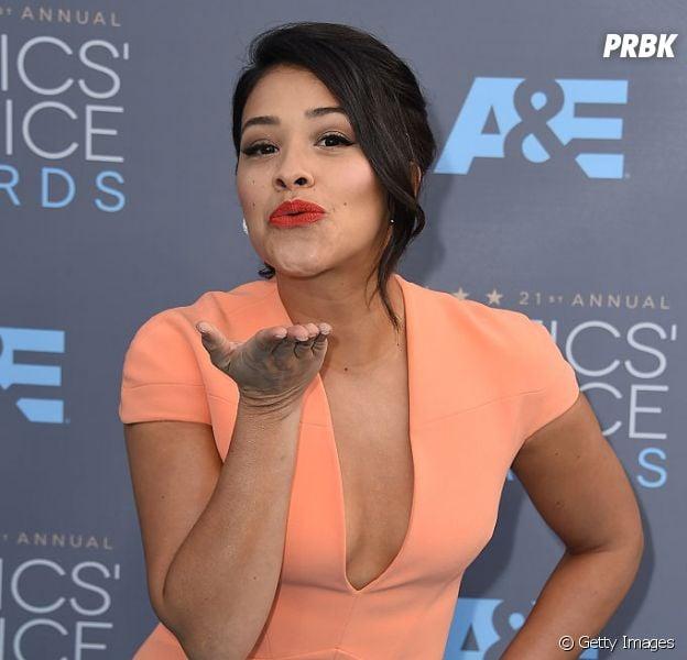 """Gina Rodriguez, de """"Jane the Virgin"""", e todas as curiosidades sobre ela"""
