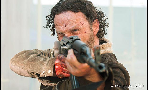"Primeiro episódio da quinta temporada de ""The Walking Dead"" supera todas as expectativas e bate recorde que pertencia à série"
