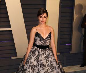 Camila Cabello também arrasa na hora de escolher os looks de tapete vermelho, né?