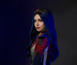 """Descendentes 3"": Sofia Carson interpreta Evie"