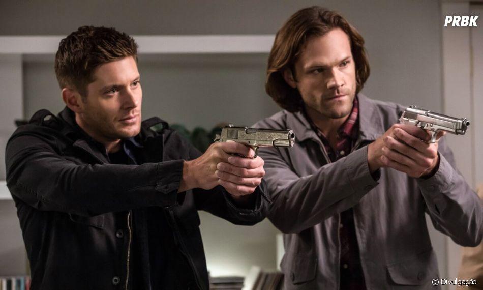 "Em ""Supernatural"", Sam (Jared Padalecki) e Dean (Jensen Ackles) devem se vingar pela morte da mãe"