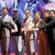 """Elenco de """"Vingadores"""" entra para Calçada da Fama em Hollywood"""