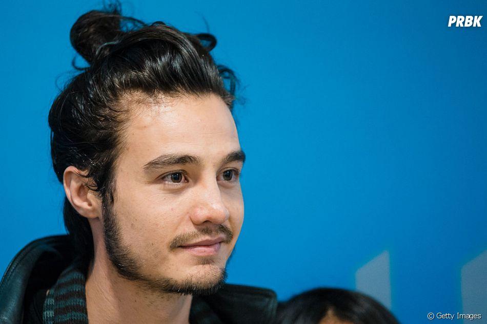 """Tiago Iorc foi o escolhido para o retorno do programa """"Acústico MTV"""" este ano"""