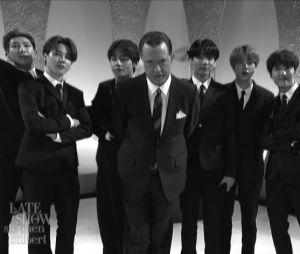 """BTS no """"The Late Show With Stephen Colbert"""": grupo arrasa com homenagem aos Beatles"""