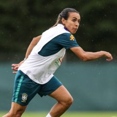 Marta é escalada para jogo do Brasil contra a Austrália nesta quinta-feira (13)