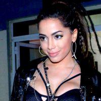 Anitta vai lançar linha de roupas e desfilar com Sophia Abrahão e Di Ferrero