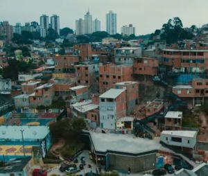 """""""Sintonia"""": as favelas da capital de São Paulo fazem parte do cenário"""