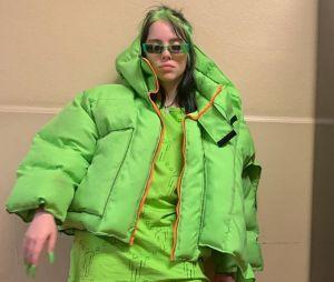 """Billie Eilish volta a falar sobre seu estilo: """"Eu uso o que eu quero usar"""""""