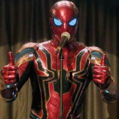 """Os fãs de """"Homem-Aranha"""" estão promovendo uma manifestação nos escritórios da Sony!"""