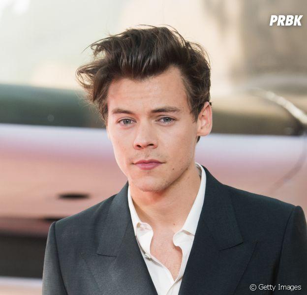 Harry Styles diz que usou muitos cogumelos durante a produção do novo álbum