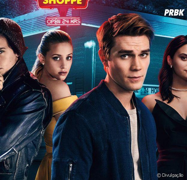 """Confira as primeiras imagens da parte de """"Riverdale"""" na Casa Warner"""