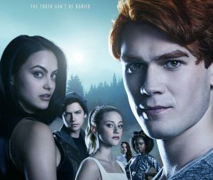 """""""Riverdale"""" é uma das séries que ganham espaço na Casa Warner"""