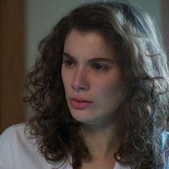 """Meg descobre que está grávida e não sabe se o filho é de Beto ou Guga em """"Malhação"""""""