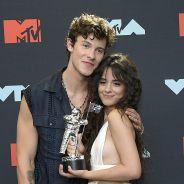 """""""Easy"""", a nova música da Camila Cabello, é uma carta de amor para Shawn Mendes e nós vamos provar"""