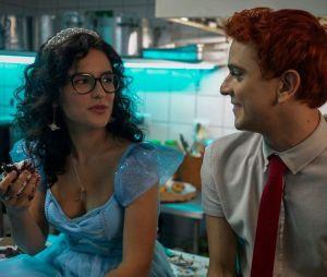 """Vem ver as primeiras imagens de """"Ninguém Tá Olhando"""", nova série da Netflix"""