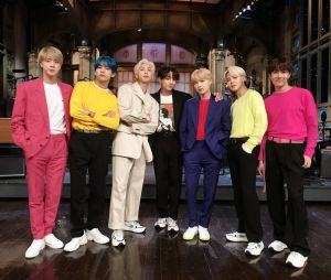 Os B-Armys vão ver mais de três horas e cenas dos bastidores dos shows do BTS no Brasil