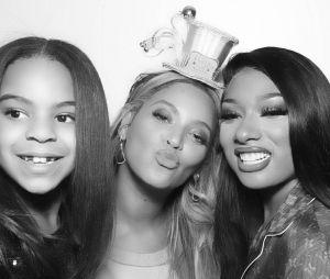 Jornalistas fazem piada com aparência de Blue Ivy, filha da Beyoncé, e internet não perdoa