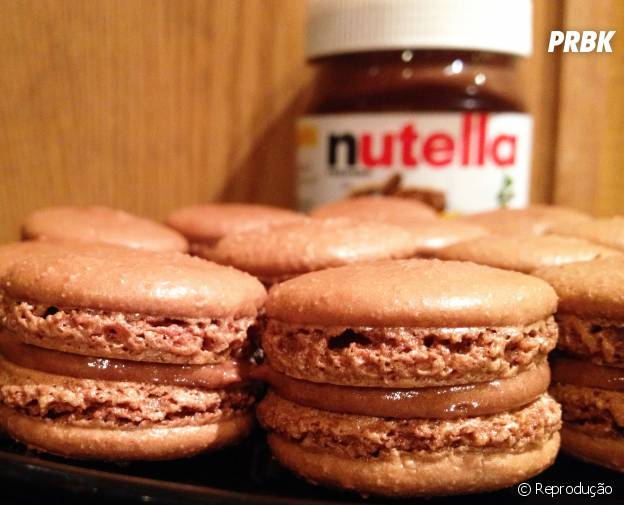 Macarons são famosos na França e ficam ainda melhores com Nutella