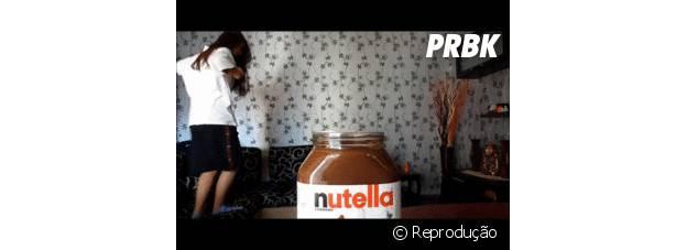 Mergulhando na Nutella: Só para os fortes!