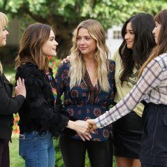 """O elenco de """"Pretty Little Liars"""" vai se reunir em uma live beneficente! Saiba todos os detalhes"""