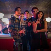 """O elenco de """"Riverdale"""" odeia a própria série e nós podemos provar"""