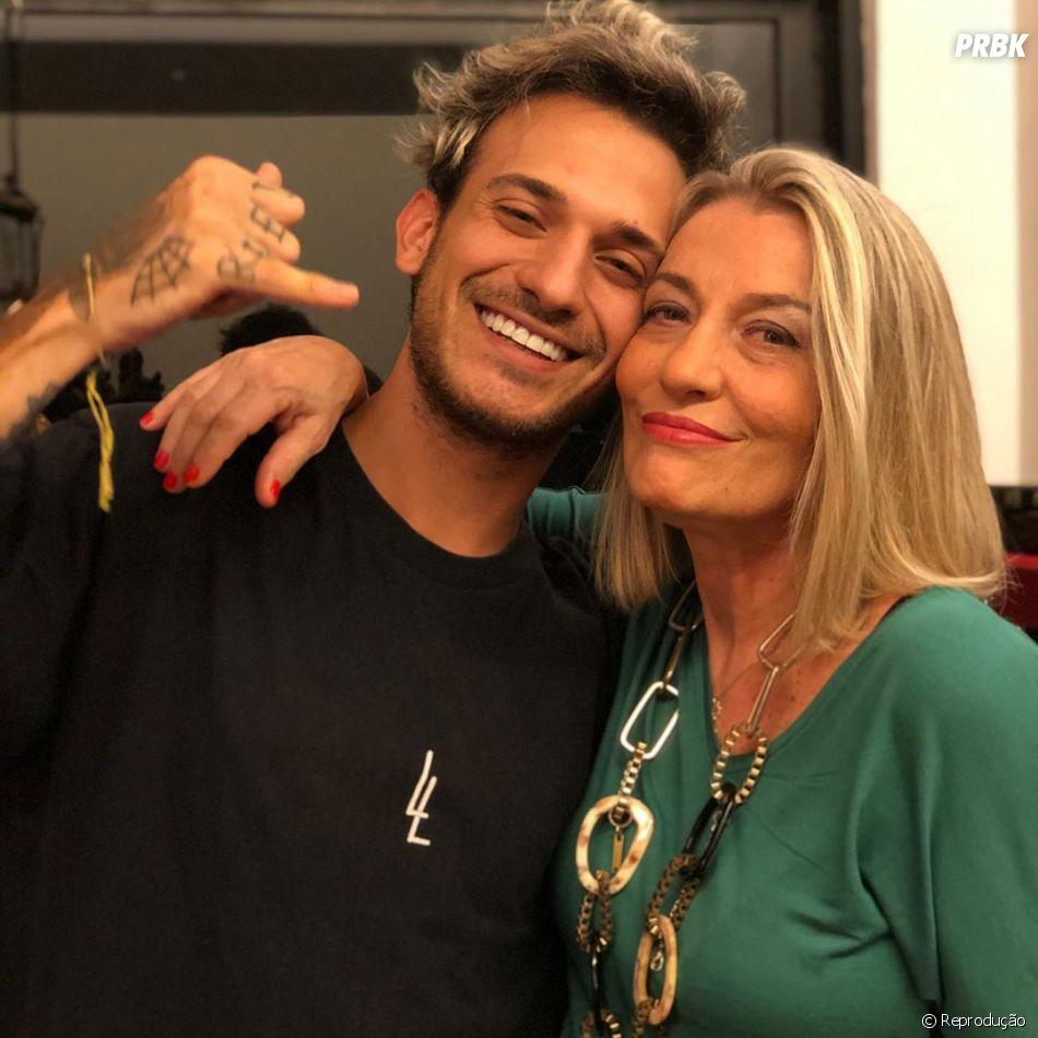 """""""De Férias com o Ex Brasil"""", 6ª temporada: chegada da Regina Adamovich, mãe de Igor, também marcou a edição"""